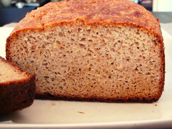 Low-Carb And Gluten-Free Bread